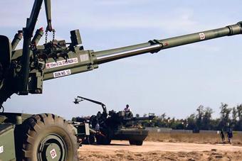 印度重金打造国产大炮:号称全世界排第一