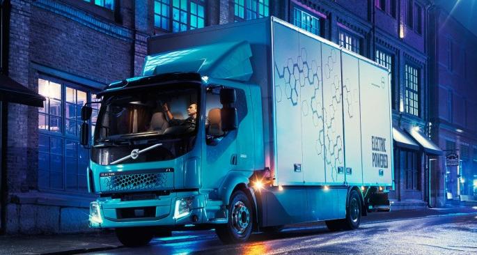 沃尔沃首款全电动商用卡车明年量产 续航300公里
