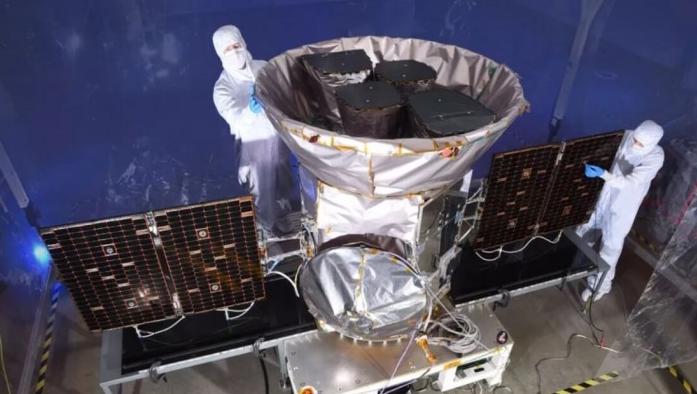 这颗探测器下月飞向火星 NASA把它彻底杀菌了