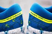 波士顿马拉松限定款跑鞋 索康尼变身甜甜圈