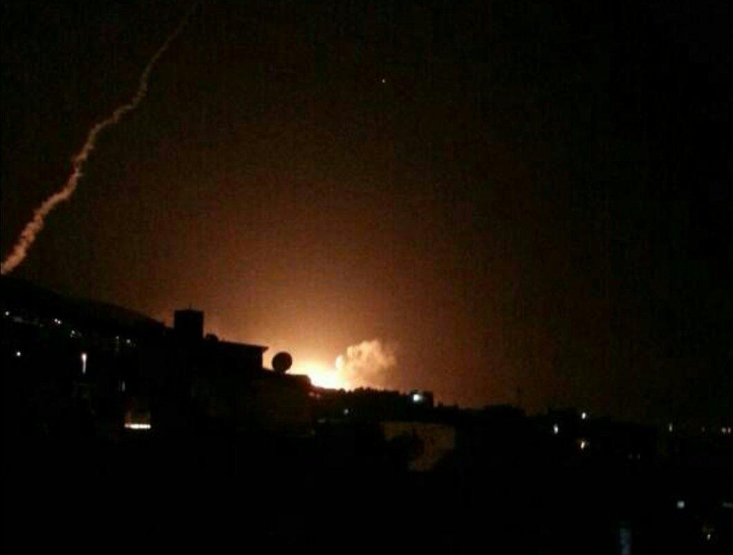 现场图|目击者称大马士革一科研机构是空袭目标 该市发生大爆炸