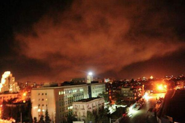 叙利亚首都正遭受空袭 这是一组来自战地的组图