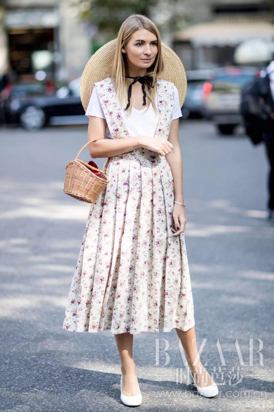 这3件上衣配上连衣裙,春天怎么穿怎么瘦!