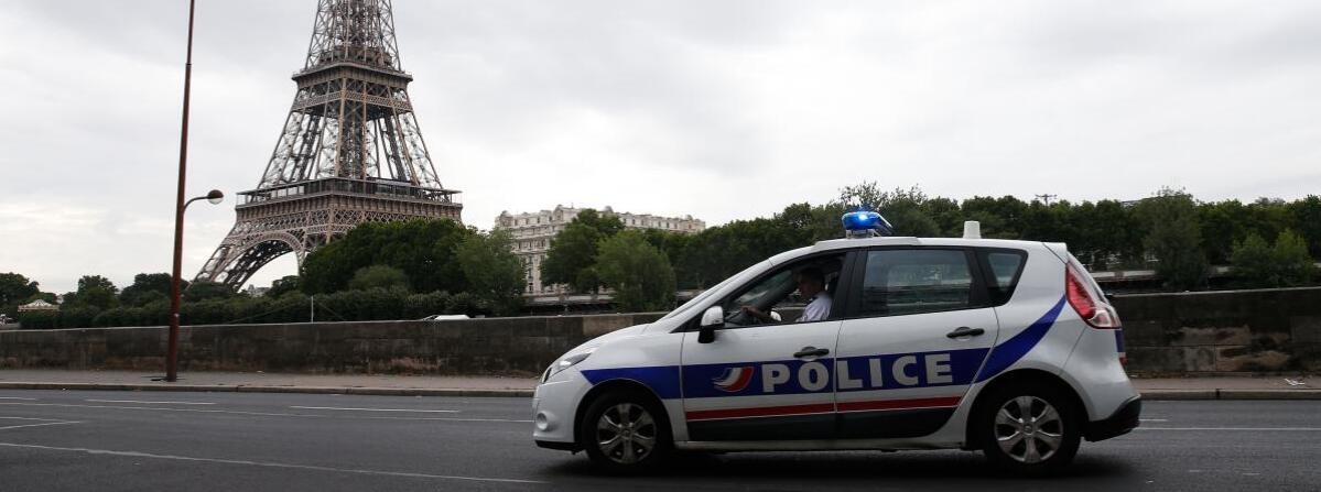 西班牙两岁女童吃煎饼被呛 在巴黎街头不治身亡