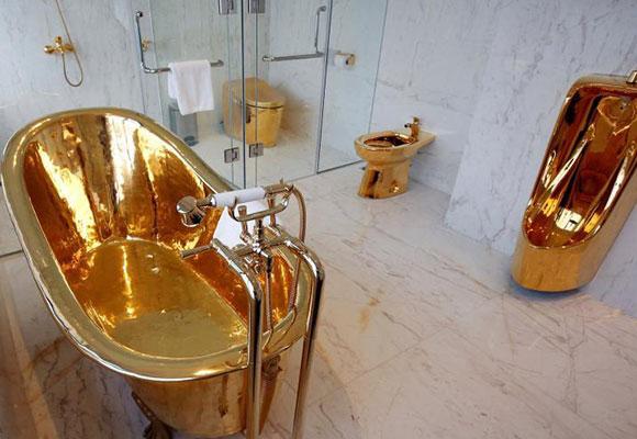 越南一酒店总统套房 卫生间内金光闪闪