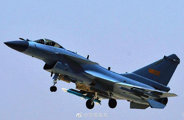 又一空天利器!中国空军歼-10C战机今起担负战斗值班任务