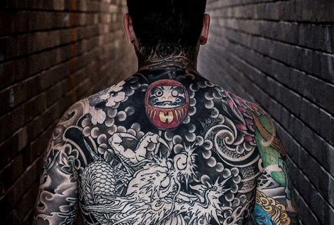 澳青年全身纹满刺青 唯独拒绝脸部纹身