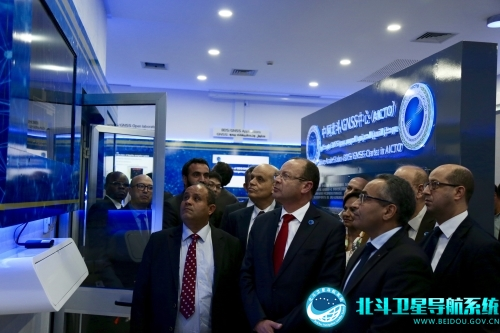 """北斗走进阿拉伯:中国导航系统服务全球""""开门"""