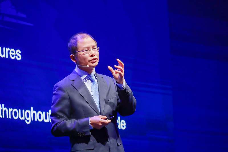 【HAS2018】华为徐直军:构建万物互联 今年将发布人工智能战略