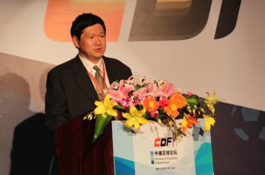 幼儿教育专家殷红博27年开创幼儿足球六个第一