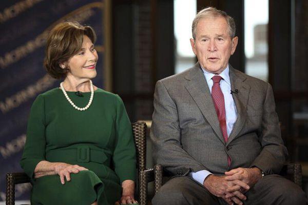 母亲离世后首露脸 美前总统小布什夫妇接受电视采访