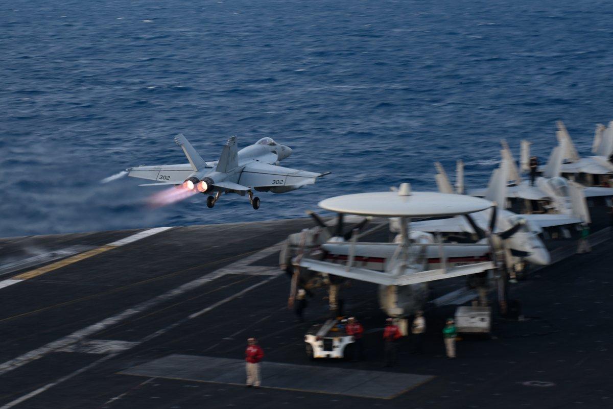 美军EA18G战机南海遭干扰?美媒炒作是中国干的