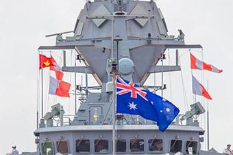 美航母刚离开越南一个月 澳护卫舰赴越南访问