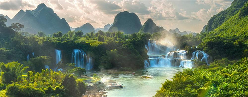 最美跨国瀑布—德天瀑布