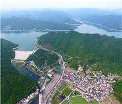 东阳:秀美山水横锦村