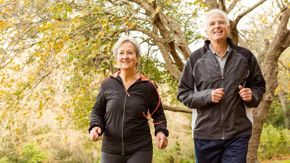 心脏病发作后不能运动?研究:适当活动可延长寿命