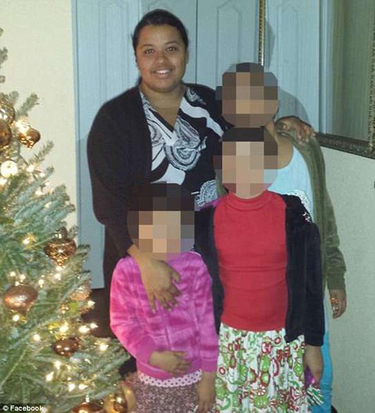 美国一女子引燃汽车企图烧死三个女儿面临指控