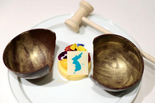 韩朝首脑会谈晚宴菜单公布:烤鱼、平壤玉流馆冷面等