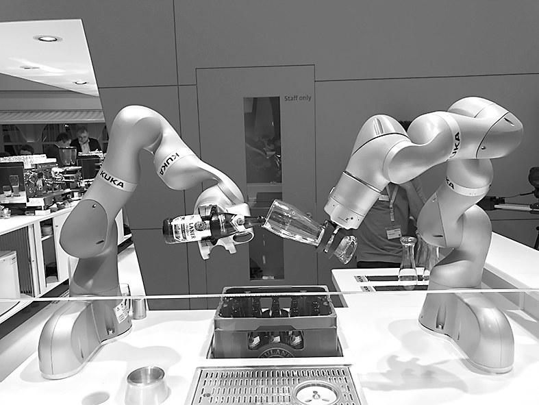 汉诺威工业博览会,满场机器人