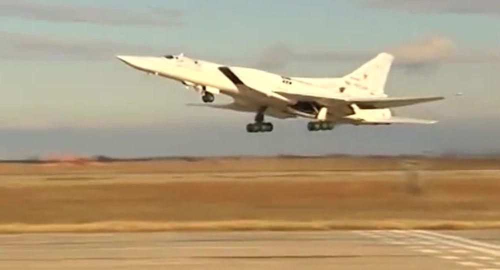 俄将试飞新型超音速轰炸机:深度现代化改型的图-22M3M