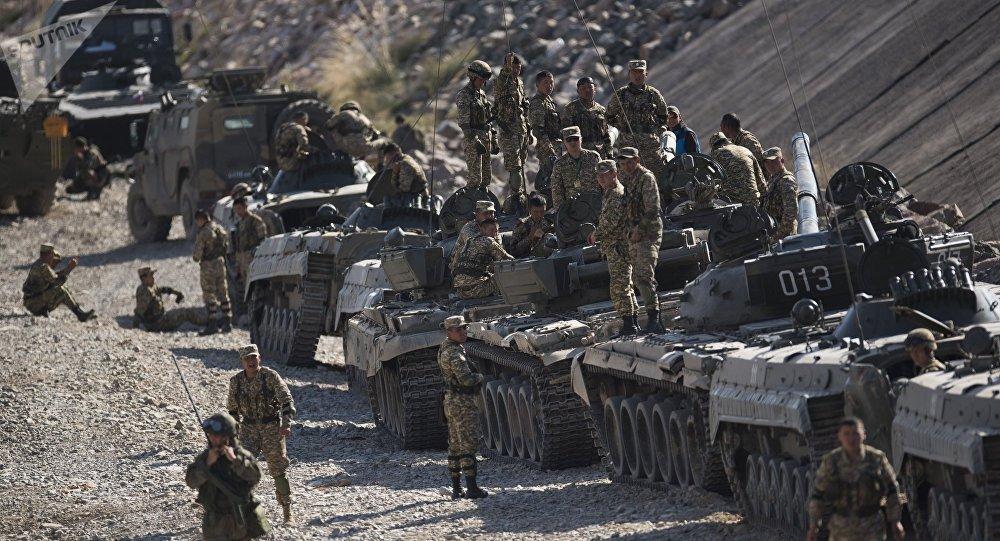 俄防长:和平使命2018军演将充分参考俄军在叙实战经验