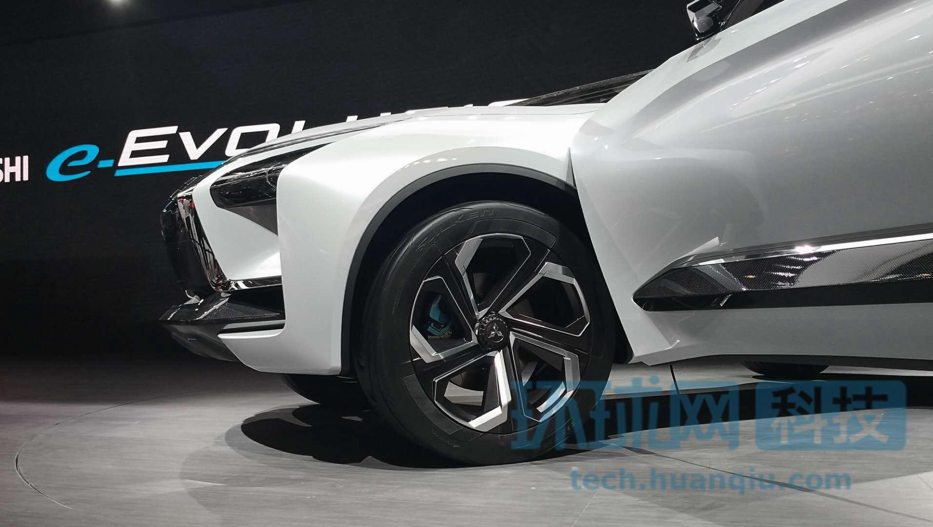 注重性能电力驱动 三菱概念车e-Evolution亮相京城