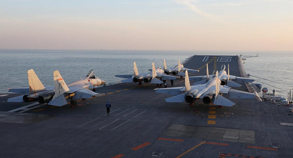 """俄媒:两艘航母让中国成为名副其实的""""航母大国"""""""