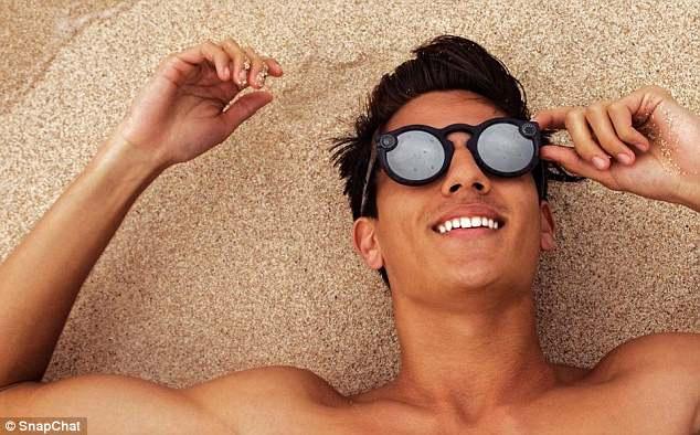 Snapchat发布新款眼镜 售价150英镑