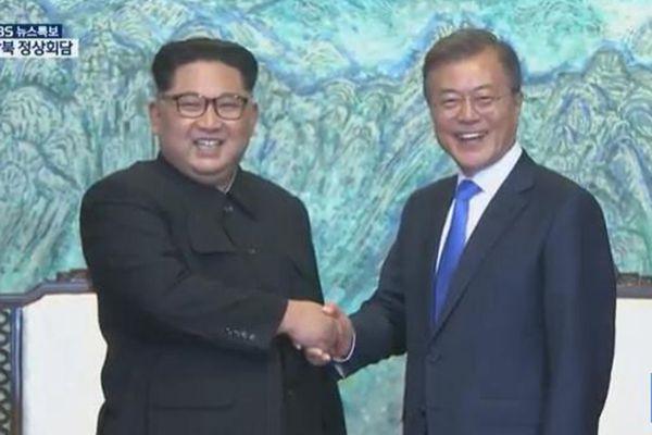 朝韩领导人签署《板门店宣言》