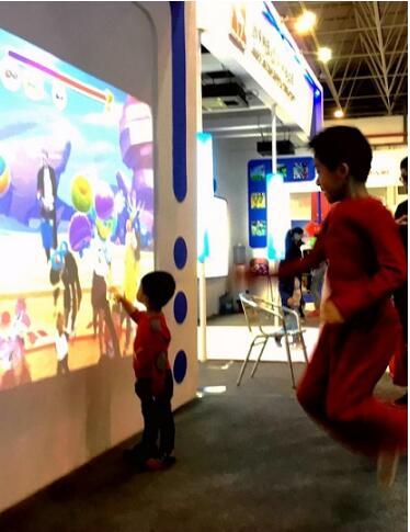 国术科技:赛未来SCIWILL交互投影仪在第八届中国(芜湖)科博会获奖