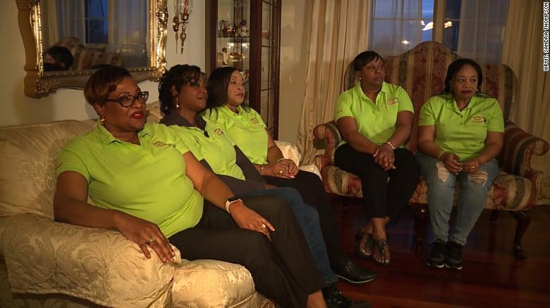 美国高尔夫球场两次报警 原因竟是嫌黑人女子打球太慢