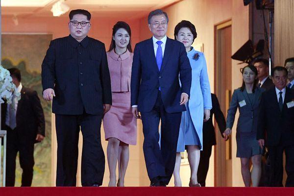 朝韩首脑会谈落幕 文在寅为金正恩举行欢送仪式