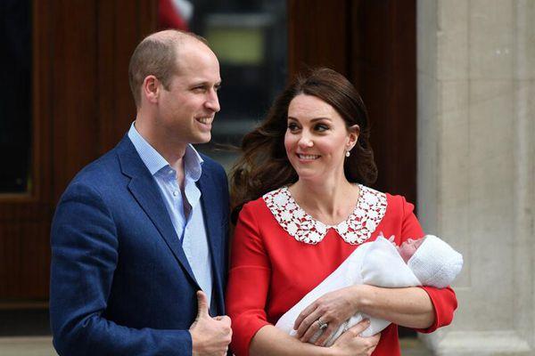 威廉王子与凯特王妃三胎小王子名字公布:路易-亚瑟-查尔斯