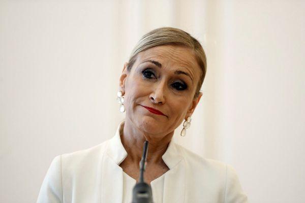 在超市偷面霜被曝 马德里自治区女主席不堪舆论压力辞职