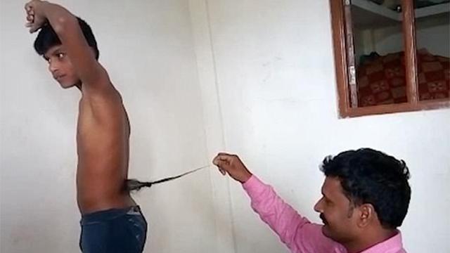 """印度13岁男孩长""""尾巴""""被奉为猴神转世"""