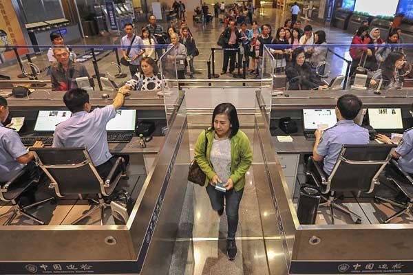 海南59国免签新政实施 99位印尼旅客免签进入海口
