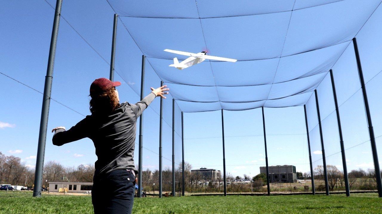 美国大学开设无人机公园  通报流程简单想飞就飞