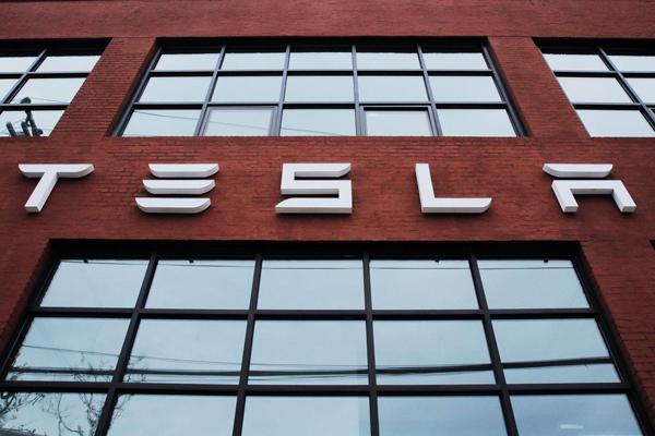 特斯拉一季度亏损7.85亿美元 Model 3产量未达标