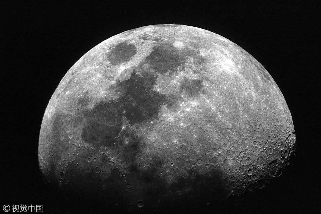日研究团队发现月球地层中存有水资源新证据
