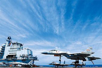 海军航母编队远海实兵对抗训练场景震撼