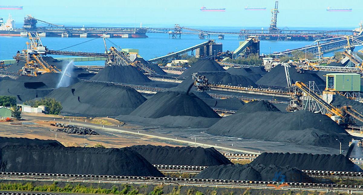 30家煤企去年大赚891亿 神华分红181亿元