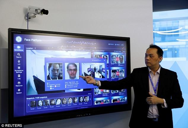 新加坡机场测试面部识别系统 寻找迟到乘客
