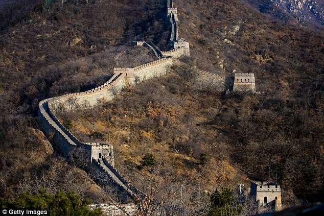 中国使用英特尔无人机修复长城