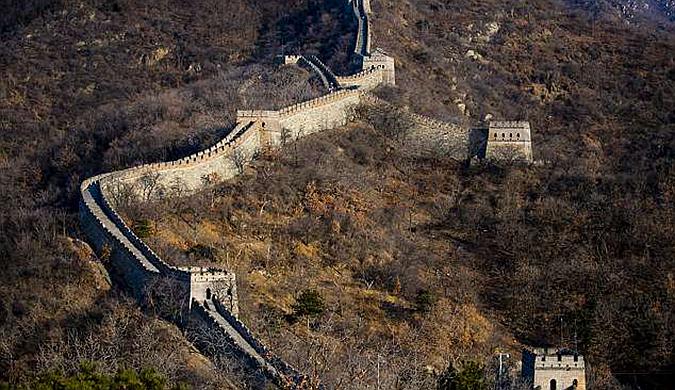 中国使用高科技无人机修复长城引外媒关注
