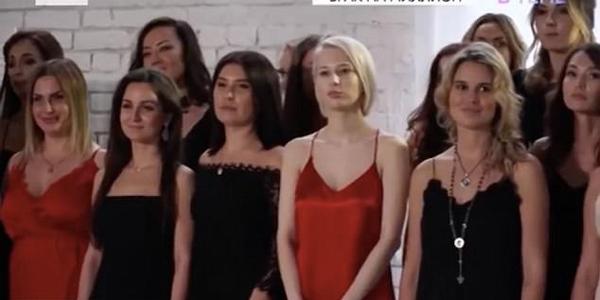 俄54岁百万富翁参加真人秀 四子女为其挑选新娘