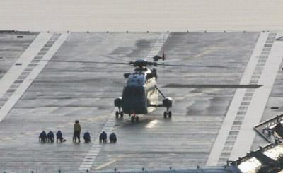 国产航母完成首次舰载机着舰 没想到是这款战机