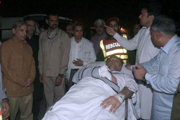 巴基斯坦内政部长遭枪击送医 遇袭时正参加政治聚会