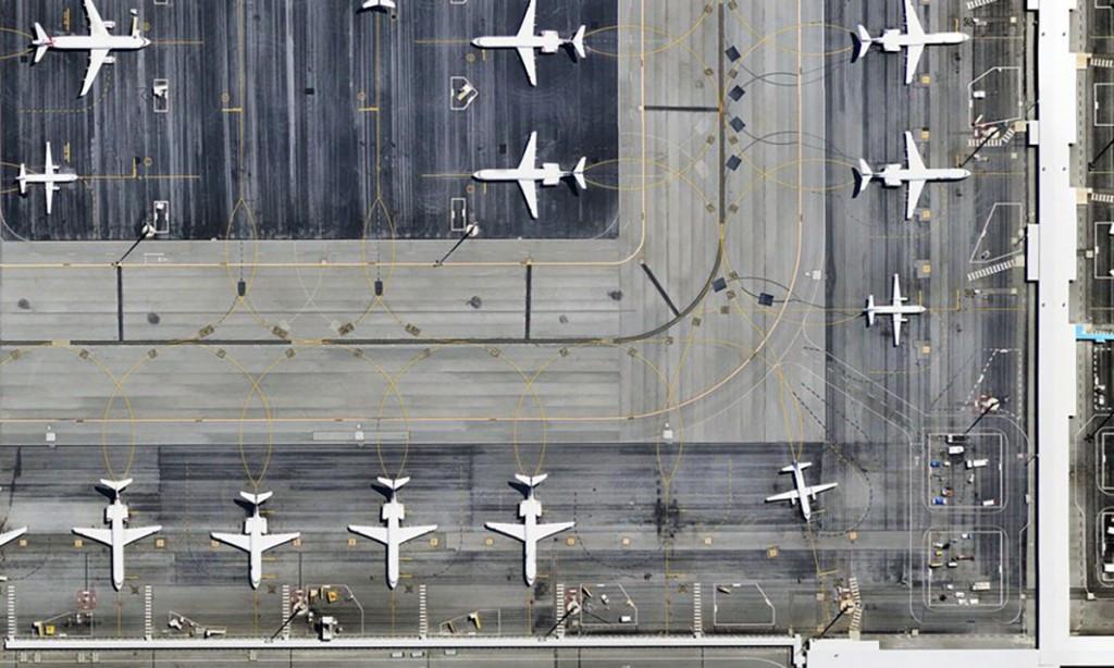 结合卫星、飞机及无人机技术,Airbus要让你从地面鸟瞰城市全景