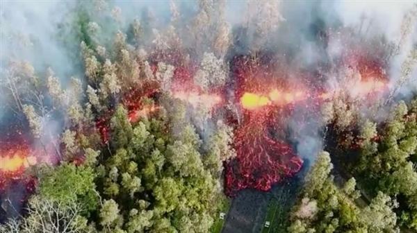 美国夏威夷火山爆发:岩浆喷射高度达23层楼