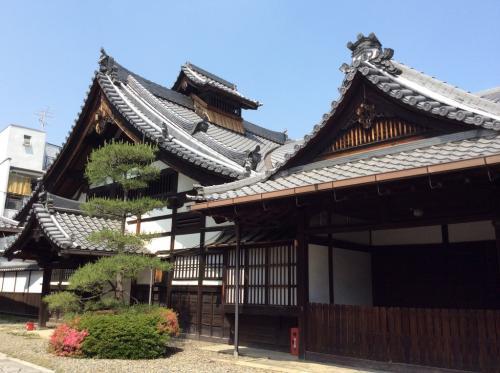 一中国人涉嫌在日本京都御苑放飞无人机 资料被送检